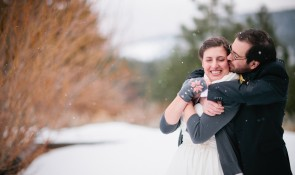 snowy tahoe winter wedding photographer